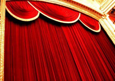 Telones para teatros y escenarios